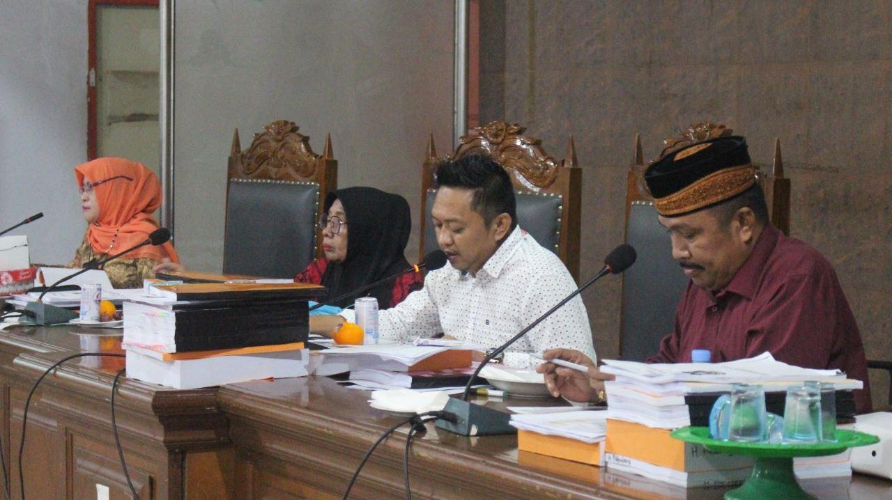 Rapat Badan Anggaran DPRD Bulukumba dengan TAPD Bulukumba